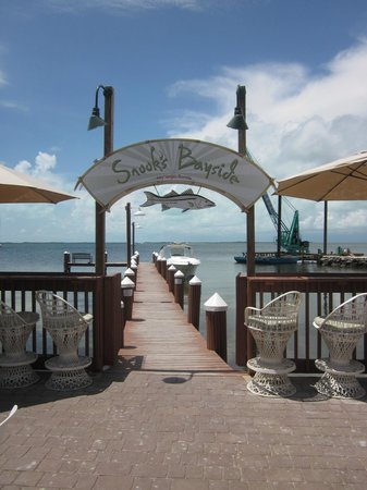 Snook's Bayside Restaurant: water view