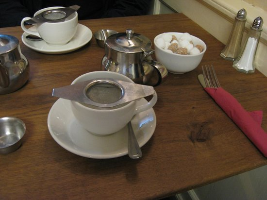 Sally Lunn's Historic Eating House & Museum : Loose tea for two