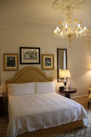 Four Seasons Hotel Firenze : Bedroom of Room 209