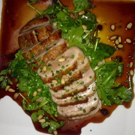 Eolus Bar & Dining : duck breast