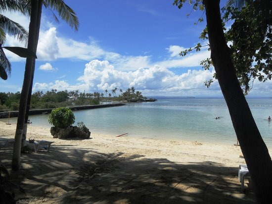 Pacific Cebu Resort: Beach