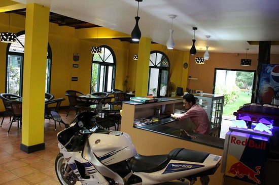 Buzz Deli Cafe