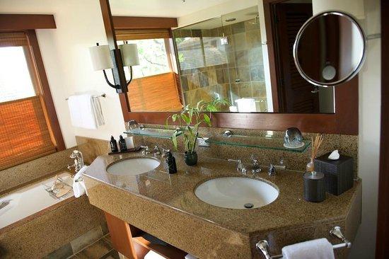 Four Seasons Resort Hualalai: Vanity