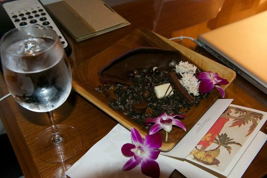 Four Seasons Resort Hualalai: Chocolates