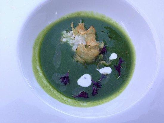 Barndiva: asparagus soup