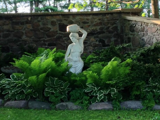 Ste. Anne's Spa: More exquisite landscaping
