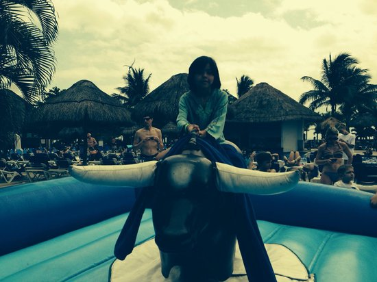 Sandos Caracol Eco Resort: Bull