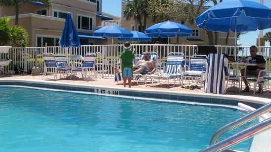 Sand Cay Condominiums Beach Resort: pool