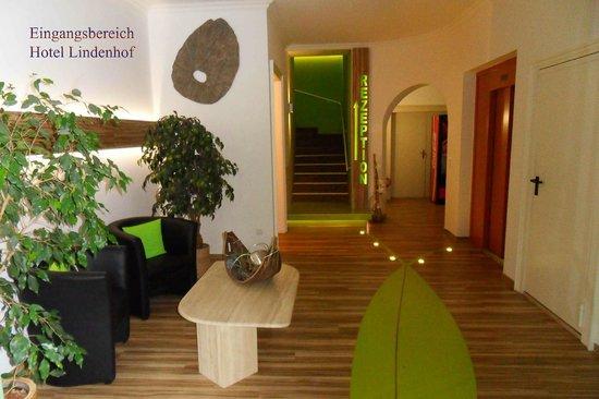 Lindenhof Hotel: Eingangsbereich