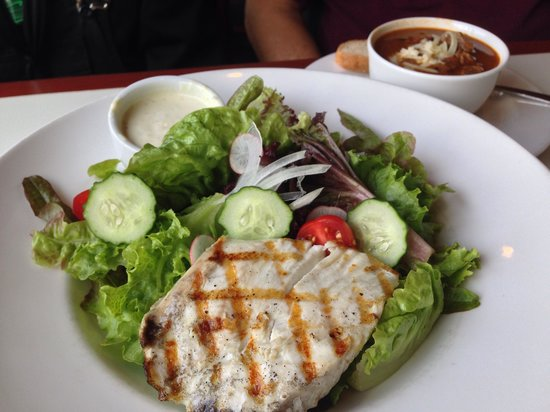 Merriman's : Fresh Fish Salad
