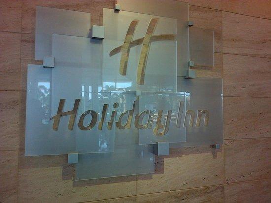 Holiday Inn Melaka : Hotel sign