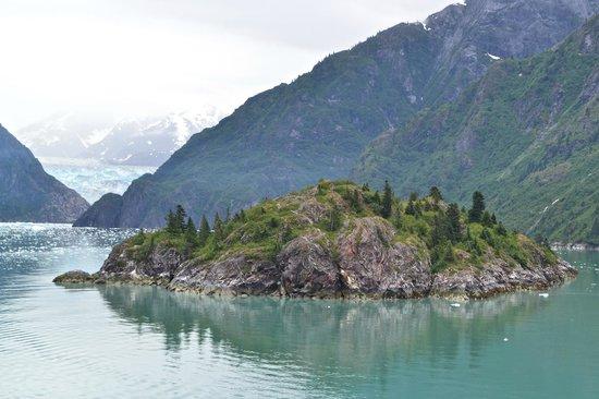 Approaching Sawyer Glacier