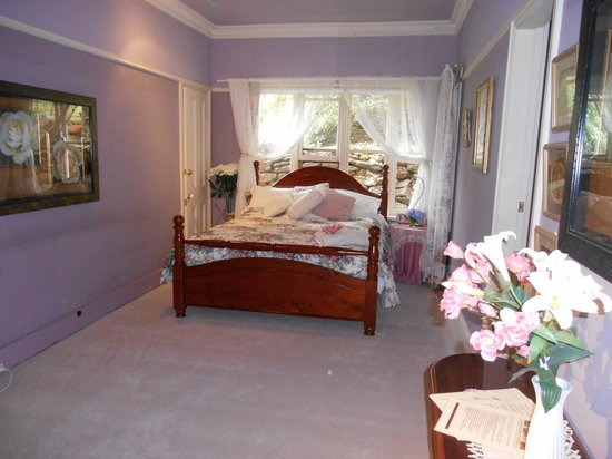 Nevaeh House: Phylis' Room