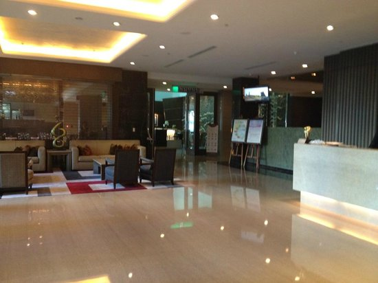 Taipung Suites: Lobby