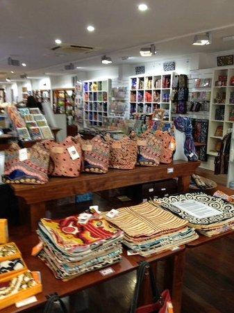 Mbantua Fine Art Gallery: Plenty of gifts from around Australia in Mbantua Gallery.