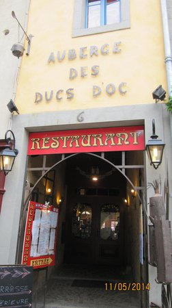 Auberge Des Ducs D'Oc Restaurant : the entrance