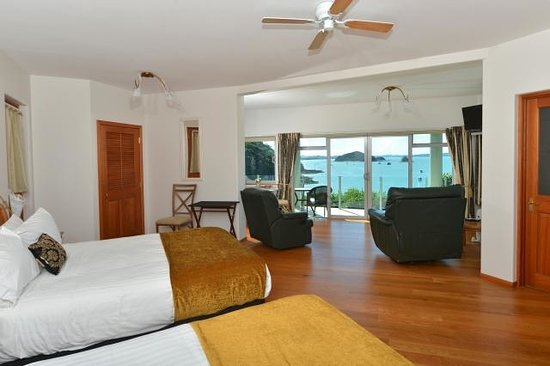 Allview Lodge: Island View suite