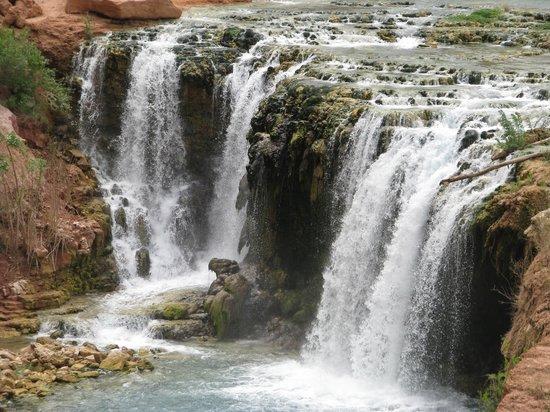 Havasupai Falls : Lower Navajo Falls