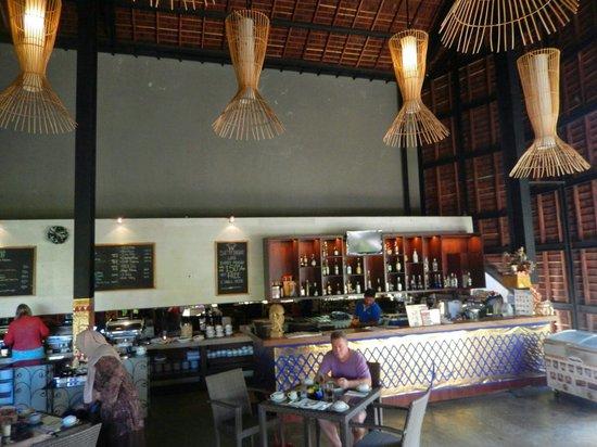 The Oasis Lagoon Sanur: The restaurant