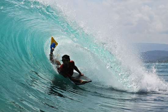 Surfcamp - Palm Beach Krui: The peak, early in the morning, short walk from the place