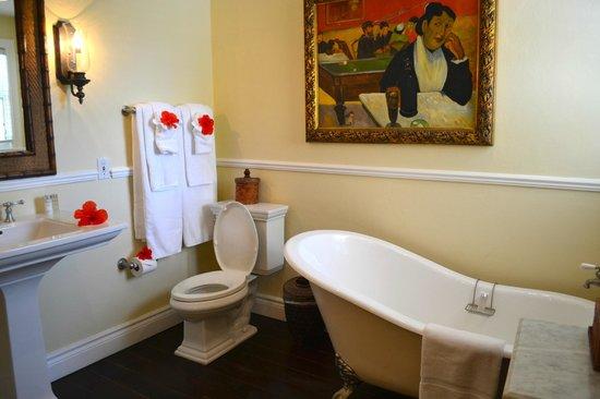 Point Grace: Pool Cottage bathroom