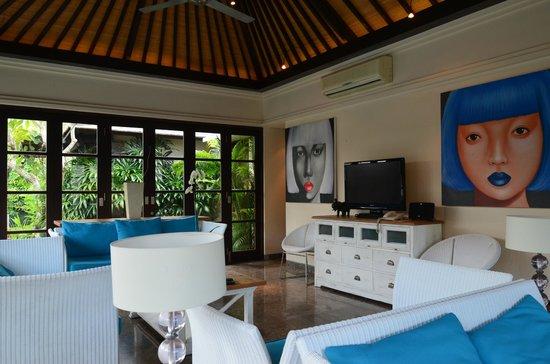 Peppers Seminyak : living room (5 bedroom)