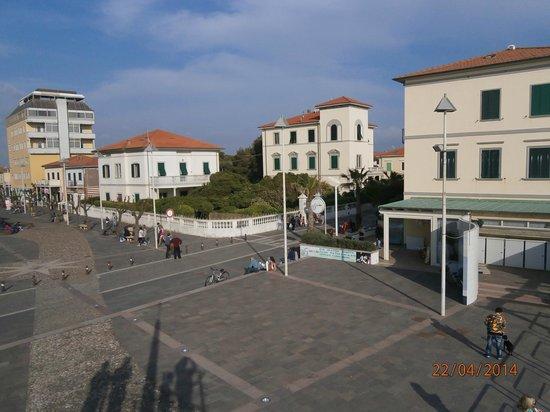 Hotel Tornese: L'hotel visto dalla torretta sulla spiaggia