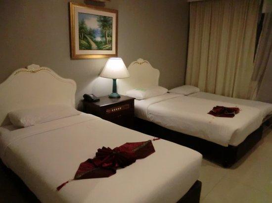 Forum Park Hotel: ベッド