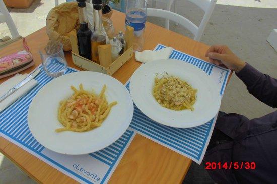aLevante: fresh pasta with shrimp and seaurchin