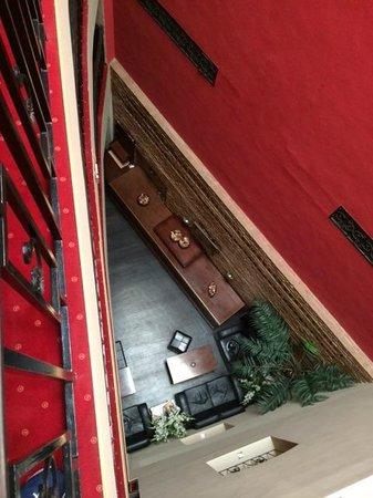 Le Boutique Hotel Moxa: Innen offen von der Zimmertür zur Bar