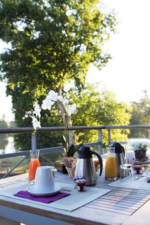Cice Blossac Golf Resort : vue des suites