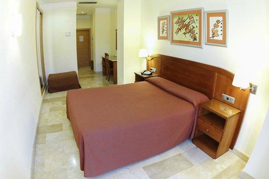 Los Habaneros: Habitación doble standar cama de matrimonio