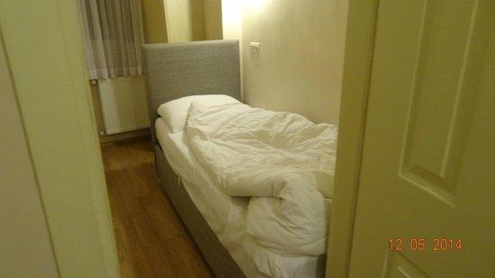 Hagia Sophia Apartment: Single Room in the Two Bedroom Apartment