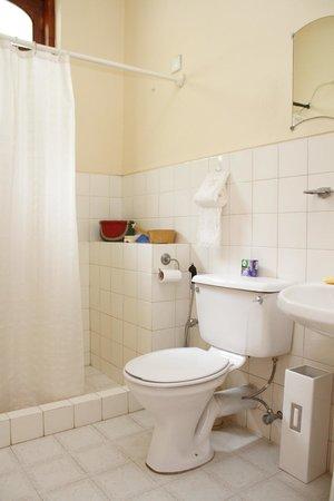 Hantana Range View: Toilet And Bathroom