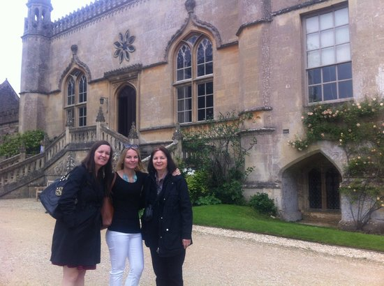 Hope Cottage Tours: Enjoying the sights at Lacock Abbey