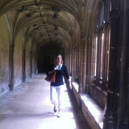 Hope Cottage Tours: Taking a walk in the cloisters at Lacock