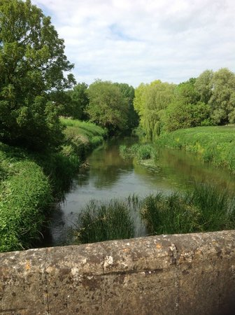 Hope Cottage Tours: river view on walk around Lacock