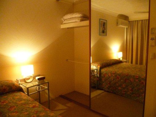 Warringa Surf Apartments: Bedroom