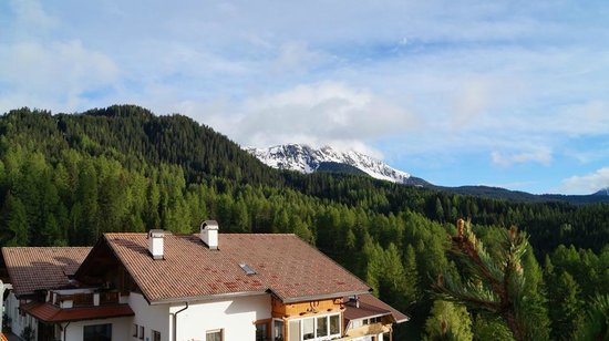 Hotel & Country Obereggen: View to a kill