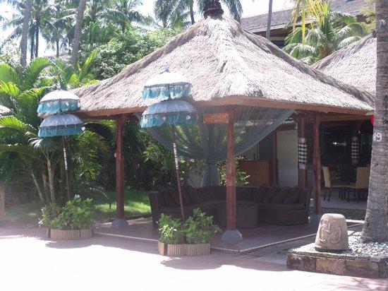Prama Sanur Beach Bali: entrance to Tirta restaurant