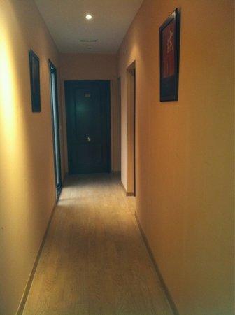 Hostal Palacios: Pasillo habitaciones