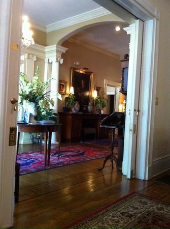 1842 Inn: Eingangsbereich/ Foyer