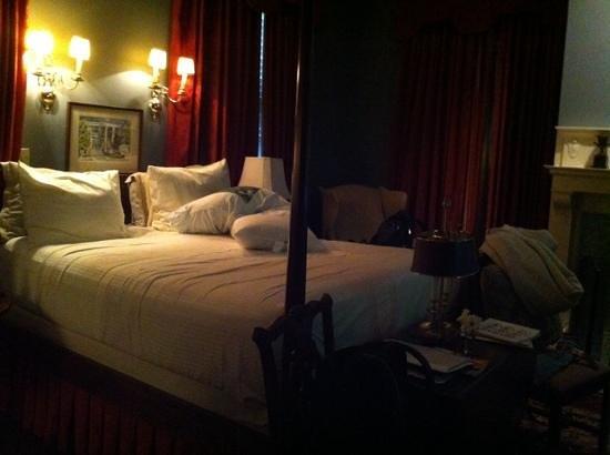 1842 Inn: Hotelzimmer