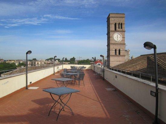 Domus Sessoriana Hotel : het dakterras