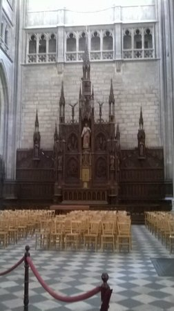 Cathédrale Sainte-Croix : Joan of Arc feast day