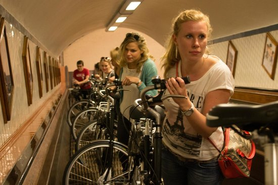 Cyclant: The authentic tunnel under the river