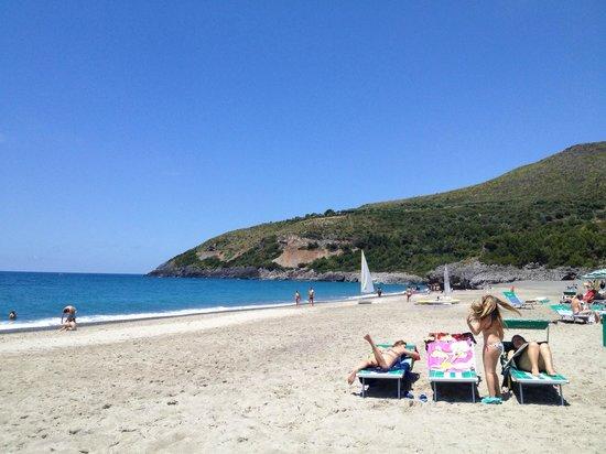 Villaggio Touring Marina di Camerota: Spiaggia 1
