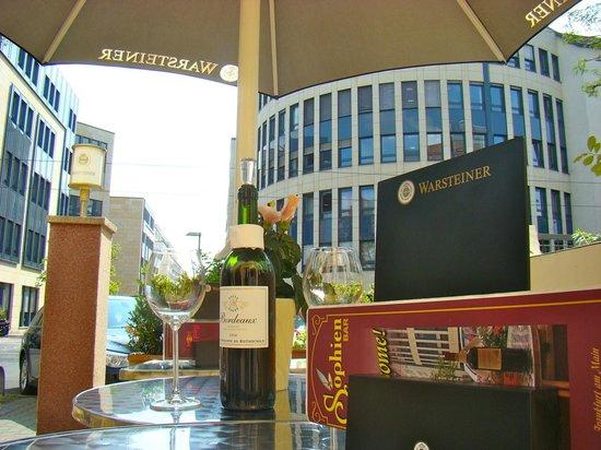 Sophien-Hotel: Terrasse