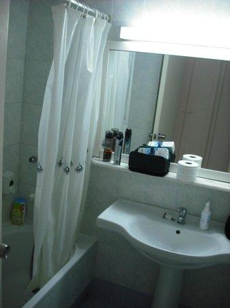 Club Marmara Marina Beach: Salle de bains