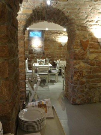 Hotel Villa Marstall : Breakfast cellar